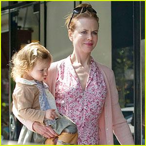 Nicole Kidman: Frozen Yogurt Sunday!