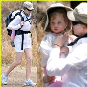 Nicole Kidman: Hiking with Sunday on Sunday!