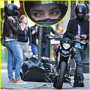 Orlando Bloom &#038; Miranda Kerr: Motorcycle Mayday!
