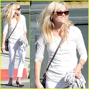 Reese Witherspoon is White Hot