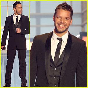 Ricky Martin Hits Billboard Latin Music Awards