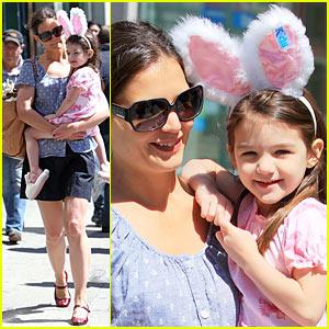 Suri Cruise: Bunny Ears with Katie Holmes!