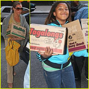 Vanessa Williams is a Thin Mints Mama