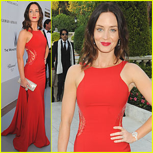 Emily Blunt is amfAR Admirable