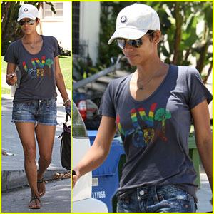 Halle Berry Lives Green