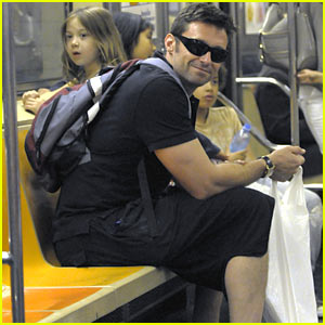 Hugh Jackman Rides The Subway!!!