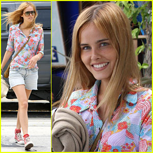Isabel Lucas Opens The Little Door