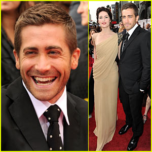 Jake Gyllenhaal: TOM FORD Suit Sexy