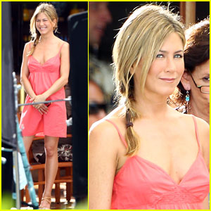Jennifer Aniston & Nicole Kidman: Hawaiian Hotties!