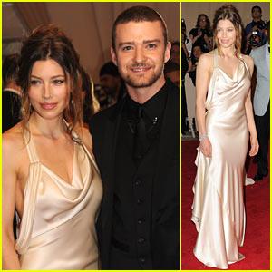Jessica Biel: MET Ball 2010 with Justin Timberlake!