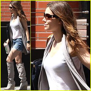 Jessica Biel: Short Shorts Sexy