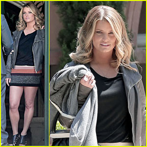 Jessica Simpson's ENTOURAGE Cameo -- First Pics!