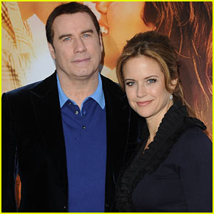 John Travolta & Kelly Preston: EXPECTING!