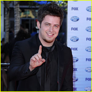 Lee DeWyze: AMERICAN IDOL Winner!
