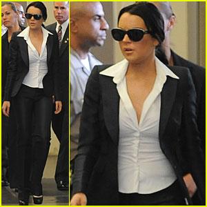 Lindsay Lohan Must Wear Alcohol-Monitoring Bracelet