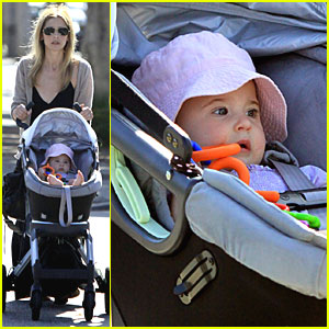 Sarah Michelle Gellar: Saturday with Charlotte!