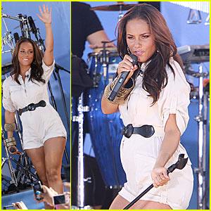 Alicia Keys: Good Morning America Baby Bump!