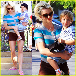 Britney Spears: Johnny Rockets Family Fun