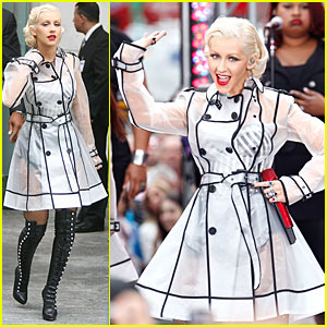 Christina Aguilera: See-Through Trench Coat!