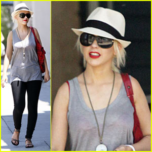 Christina Aguilera: Beverly Hills Shopping Spree