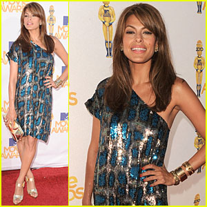 Eva Mendes - MTV Movie Awards 2010 Red Carpet