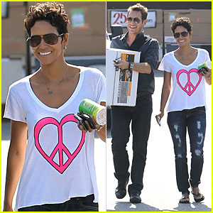 Halle Berry: Everything But The Kitchen Sink