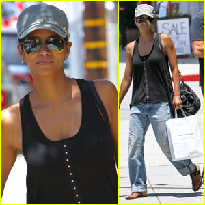 Halle Berry Climbs Mountaintop on Broadway