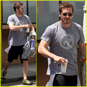 Jake Gyllenhaal Gets Tracy Anderson Fit