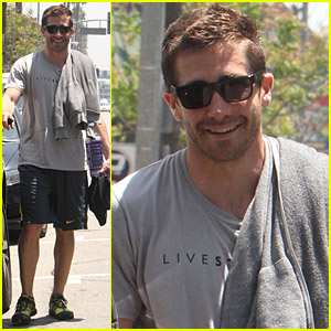 Jake Gyllenhaal: My Abs Make Me Who I Am