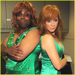 Reba McEntire & Kenan Thompson: Same Dress!
