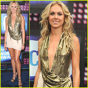 Laura Bell Bundy is a Golden Girl