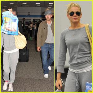 LeAnn Rimes & Eddie Cibrian: Airport Buddies!