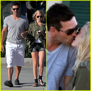 LeAnn Rimes & Eddie Cibrian: Kissing Couple