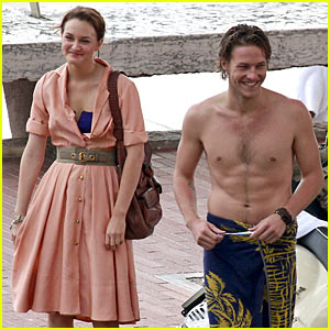 Leighton Meester &#038; Luke Bracey: Monte Carlo Mission