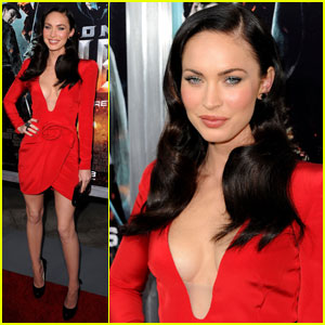 Megan Fox: Red Hot at Jonah Hex Premiere!