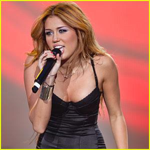 Miley Cyrus: Pop Star Meets Rocker Chick!