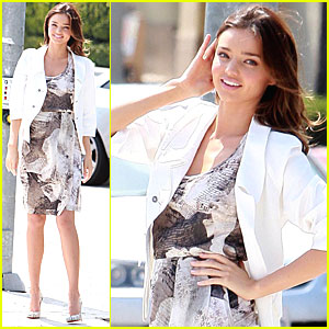 Miranda Kerr: Photoshoot Flirty