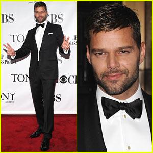 Ricky Martin - Tony Awards 2010