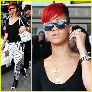 Rihanna: Barbados Arrival, New Album Details!