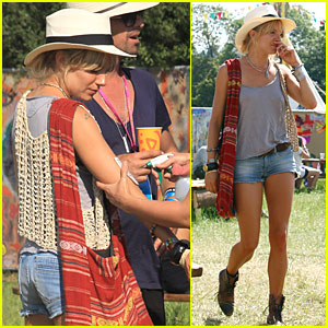 Sienna Miller Gets Tattoo At Glastonbury Music Festival