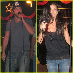 Gerard Butler: Karaoke with Demi Moore!