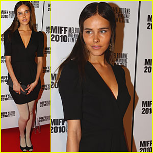 Isabel Lucas: 'The Wedding Party' Premiere!