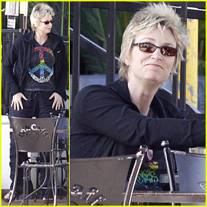 Jane Lynch: Peace on Urth!