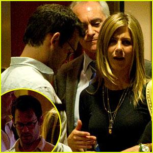 Jennifer Aniston: Date Night with Mystery Man!