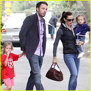 Jennifer Garner & Ben Affleck: Soccer Camp!