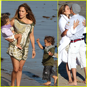 Jennifer Lopez: Photo Shoot Family Fun