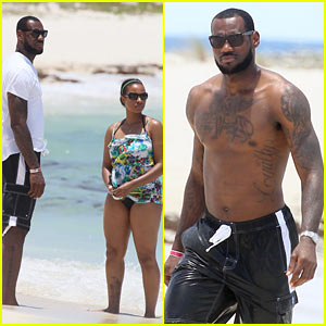 LeBron James: Atlantis Vacation with Savannah Brinson!