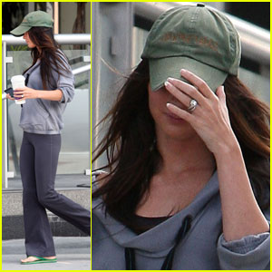 Megan Fox Debuts Blingin' Wedding Ring