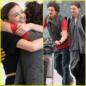 Miranda Kerr & Orlando Bloom: Hug Happy at Heathrow