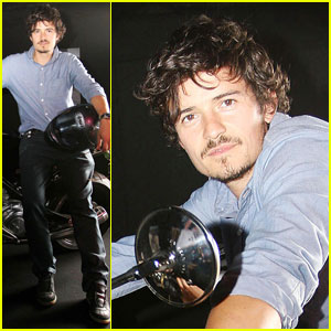 Orlando Bloom Starts His Engines